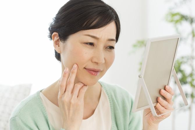 老け顔の原因しみケア フェイシャル専門エステピュア奈良